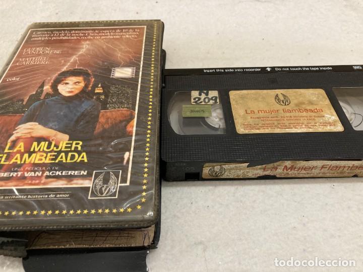 VHS ORIGINAL / LA MUJER FLAMBEADA (Cine - Películas - VHS)