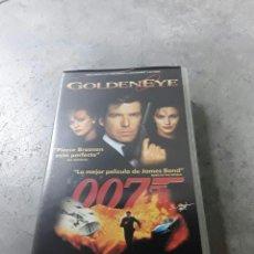 Cine: PELÍCULA EN VHS - GOLDENEYE - GOLDEN EYE - JAMES BOND 007. Lote 228078611