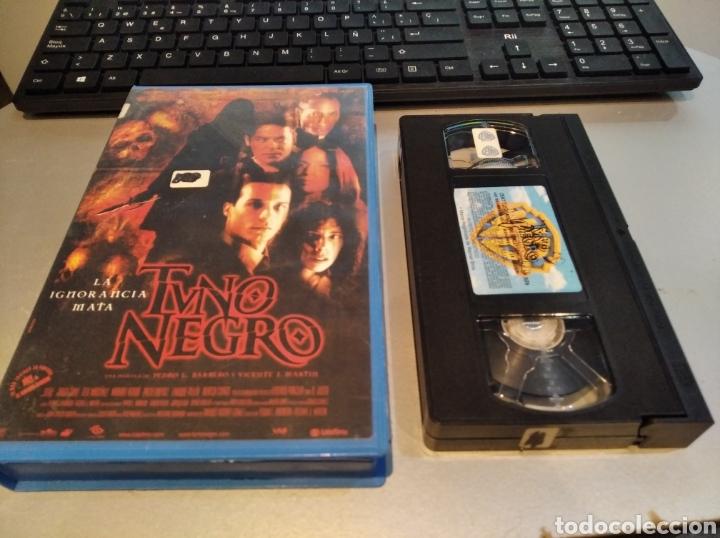 TUNO NEGRO LA IGNORANCIA MATA - PEDRO BARBERO - JORGE SANZ , MARIBEL VERDU - WARNER 2001 (Cine - Películas - VHS)