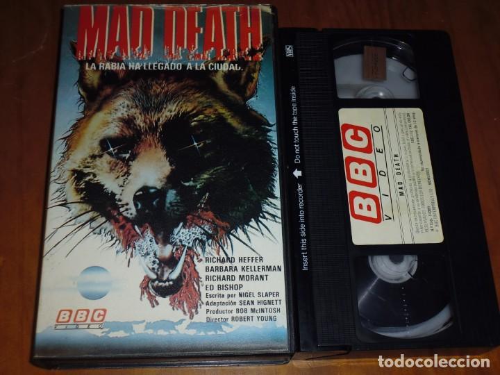 MAD DEATH . LA RABIA HA LLEGADO A LA CIUDAD - ROBERT YOUNG, RICHARD HEFFER - TERROR - VHS (Cine - Películas - VHS)