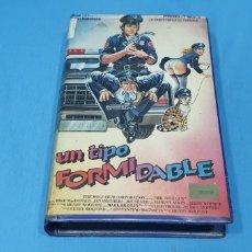 Cine: PELÍCULA VHS - UN TIPO FORMIDABLE. Lote 239558240