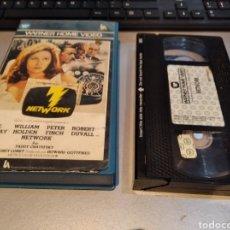 Cine: VHS • NETWORK (1976) - SIDNEY LUMET, FAYE DUNAWAY - 1 EDIC WARNER. Lote 243927815