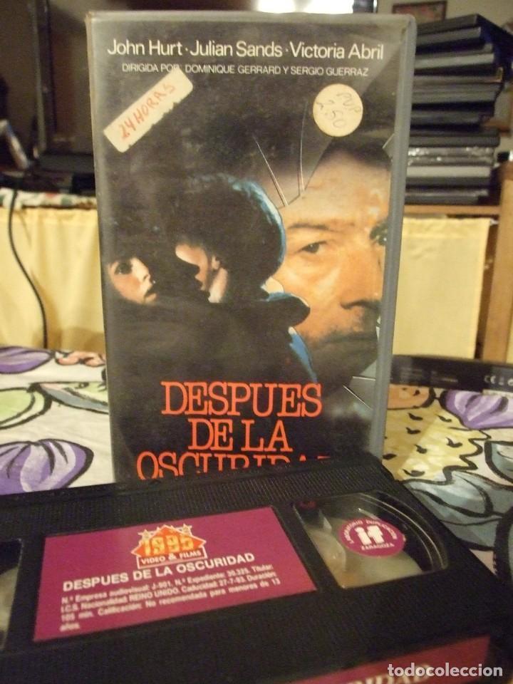 DESPUES DE LA OSCURIDAD - DOMINIQUE GERRARD - JOHN HURT , VICTORIA ABRIL - AVE 1988 (Cine - Películas - VHS)