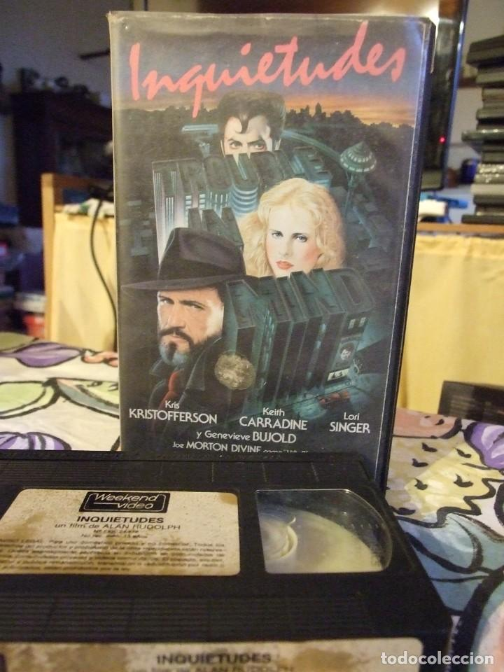 INQUIETUDES - ALAN RUDOLPH - KRIS KRISTOFFERSON , LORI SINGER - WEEKEND (Cine - Películas - VHS)