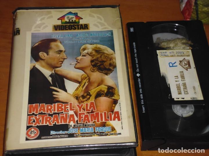 MARIBEL Y LA EXTRAÑA FAMILIA - JOSE MARIA FORQUE, ADOLFO MARSILLACH, JULIA CABA ALBA - VHS (Cine - Películas - VHS)