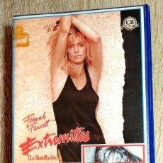 Cine: VHS - EXTREMITIES - FARRAH FAWCETT, JAMES RUSSO, ROBERT M. YOUNG - THRILLER - 1º EDICION. Lote 251740070