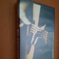 Cine: THE VERY BEST OF UNPLUGGED. MTV. VHS EN BUEN ESTADO CON 18 TEMAS VARIADOS.. Lote 255386600