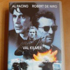 Cine: HEAT VHS - VAL KILMER Y ROBERT DE NIRO. Lote 262339660