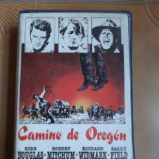 Cine: CAMINO DE OREGÓN VHS - KIRK DOUGLAS. Lote 262340175