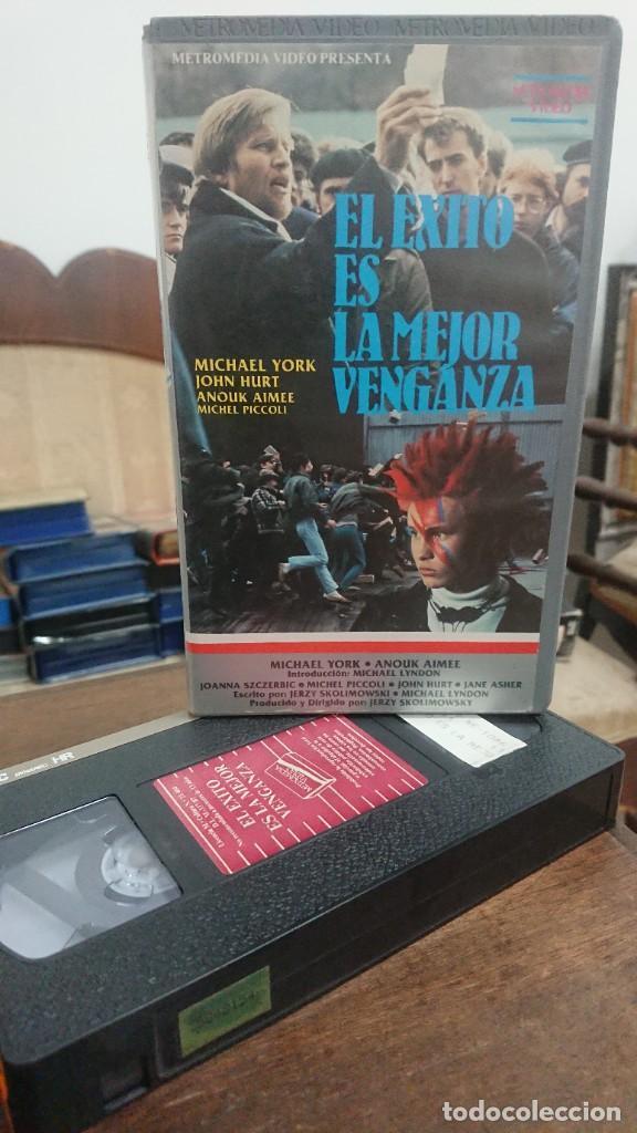 EL EXITO ES LA MEJOR VENGANZA - JERZY SKOLIMOWSKY - MICHAEL YORK , JOHN HURT - METROMEDIA VIDEO 1987 (Cine - Películas - VHS)