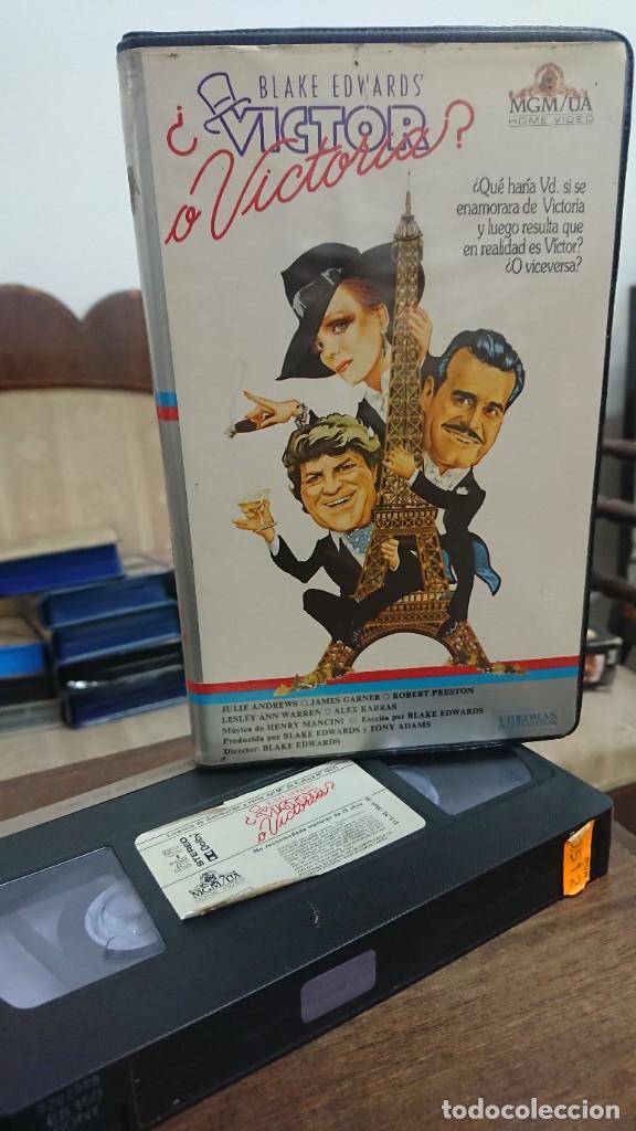 VICTOR O VICTORIA - BLAKE EDWAR´S - JULIE ANDREWS , JAMES GARNER - VIDEOMAN INTERNACIONAL 1982 (Cine - Películas - VHS)