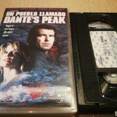 Cine: UN PUEBLO LLAMADO DANTE'S PEAK - PIERCE BROSMAN / LINDA HAMILTON - VHS. Lote 270375128