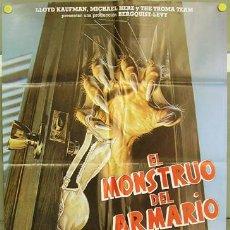 Cine: T02281 EL MONSTRUO DEL ARMARIO TROMA POSTER ORIGINAL 70X100 DEL ESTRENO. Lote 5092244