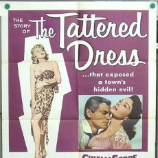 Cine: T04665 THE TATTERED DRESS JEFF CHANDLER JEANNE CRAIN POSTER ORIGINAL USA 70X105. Lote 6136050