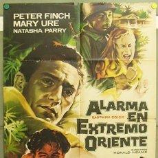 Cine: T05172 ALARMA EN EXTREMO ORIENTE PETER FINCH MARY URE MAC POSTER ORIGINAL 70X100 ESTRENO. Lote 6348215