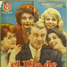 Cine: DQ36 EL DIA DE LOS ENAMORADOS CONCHA VELASCO MARIA MAHOR POSTER ORIGINAL 70X100 ESTRENO. Lote 18146480