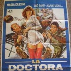 Cine: LA DOCTORA SEDUCE AL CORONEL. MICHELE MASSIMO TARANTINI. LINO BANFI, ALVARO VITALI, NADIA CASSINI. Lote 19668016