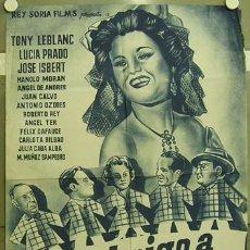 Cine: GA34 UN ABRIGO A CUADROS TONY LEBLANC JOSE ISBERT POSTER ORIG 70X100 ESTRENO LITOGRAFIA B. Lote 10677298