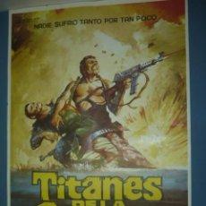Cine: CARTEL DE CINE TAMAÑO 1000X700 TITULO TITANES DE LA GUERRA. Lote 10903273