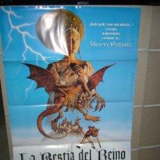 Cine: LA BESTIA DEL REINO MONTY PYTHON POSTER ORIGINAL 70X100. Lote 21584918