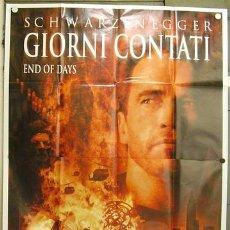 Cine: KU03 EL FIN DE LOS DIAS ARNOLD SCHWARZENEGGER GABRIEL BYRNE POSTER ORIGINAL ITALIANO 140X200. Lote 16762954