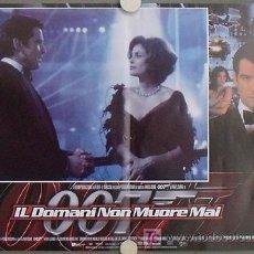 Cine: QS52 EL MAÑANA NUNCA MUERE JAMES BOND 007 PIERCE BROSNAN SET DE 8 POSTERS ORIGINAL ITALIANO 47X68. Lote 17092904