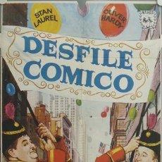 Cine: ZK96D DESFILE COMICO STAN LAUREL OLIVER HARDY POSTER ORIGINAL 70X100 ESPAÑOL. Lote 17727637