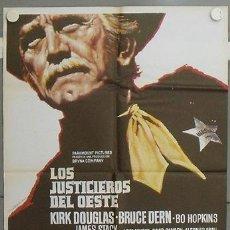 Cine: LV04 LOS JUSTICIEROS DEL OESTE KIRK DOUGLAS MAC POSTER ORIGINAL 70X100 ESTRENO. Lote 17934255