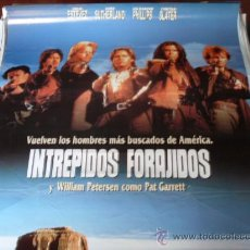 Cine: INTREPIDOS FORAJIDOS - EMILIO ESTÉVEZ, KIEFER SUTHERLAND, LOU DIAMOND PHILLIPS, CHRISTIAN SLATER. Lote 26524951
