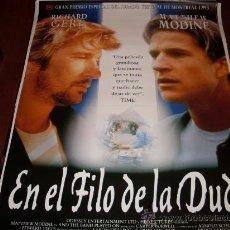 Cine: EN EL FILO DE LA DUDA - MATTHEW MODINE, ALAN ALDA, RICHARD GERE, PHIL COLLINS. Lote 24454672