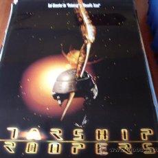 Cine: STARSHIP TROOPERS (PREVIO) - CASPER VAN DIEN, DINA MEYER, DENISE RICHARDS, MICHAEL IRONSIDE. Lote 26196933