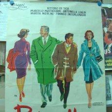 Cine: PADRES E HIJOS - VITTORIO DE SICA, MARCELLO MASTROIANNI, LITOGRAFIA, ILUSTRADOR: JANO - AÑO 1957. Lote 26992831