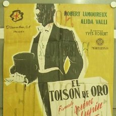 Cine: OE09 EL TOISON DE ORO FIRMADO ARSENIO LUPIN ROBERT LAMOUREUX POSTER ORIGINAL 70X100 ESTRENO CDO. Lote 27168407