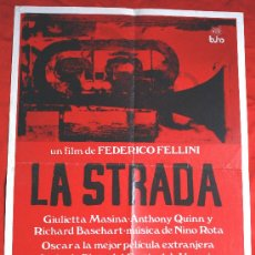 Cine: LA STRADA (CARTEL ORIGINAL) GIULIETTA MASINA ANTHONY QUINN DIRECTOR FEDERICO FELLINI. Lote 28489864