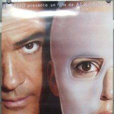 Cine: E1415 LA PIEL QUE HABITO PEDRO ALMODOVAR ANTONIO BANDERAS POSTER ORIGINAL 70X100 ESTRENO. Lote 289870293