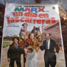 Cine: HERMANOS MARX UN DIA EN LAS CARRERAS CARTEL ORIGINAL 100 X 70. Lote 28968238