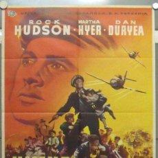 Cine: OO12 HIMNO DE BATALLA ROCK HUDSON DAN DURYEA POSTER ORIGINAL 70X100 ESTRENO . Lote 29322450
