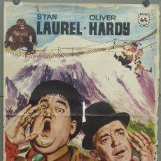 Cine: OY86 QUESOS Y BESOS STAN LAUREL OLIVER HARDY POSTER ORIGINAL 70X100 ESPAÑOL. Lote 31578766