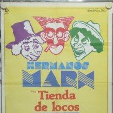 Cine: PA05 TIENDA DE LOCOS HERMANOS MARX POSTER ORIGINAL 70X100 ESTRENO. Lote 31757007