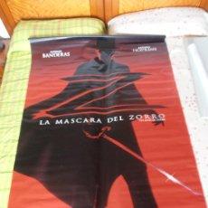 Cine: LA MASCARA DEL ZORRO,¡¡¡¡OJO!!!! CARTEL GIGANTE DE TELA/LONA/PLASTICO DE 170X120 CM APROX(2). Lote 32311140