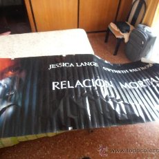 Cine: RELACION MORTAL,¡¡¡¡OJO!!!! CARTEL GIGANTE DE TELA/LONA/PLASTICO DE 300X118 CM APROX(107). Lote 32360307