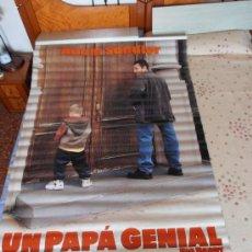 Cine: UN PAPA GENIAL¡¡¡¡OJO!!!! CARTEL GIGANTE DE TELA/LONA/PLASTICO DE 170X120 CM APROX(56). Lote 32600809