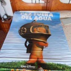 Cine: CHICKEN LITTLE¡¡¡¡OJO!!!! CARTEL GIGANTE DE TELA/LONA/PLASTICO DE 170X120 CM APROX(71). Lote 32600933