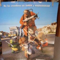 Cine: VECINOS INVASORES, CARTEL DE CINE ORIGINAL 70X100CM CON ALGUN DEFECTO () A 1€ (99). Lote 32640952
