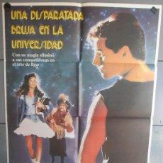 Cine: UNA DISPARATADA BRUJA EN LA UNIVERSIDAD, CARTEL DE CINE ORIGINAL 70X100 APROX (1174). Lote 33117034