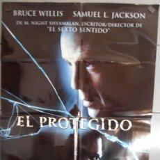 Cine: EL PROTEGIDO,BRUCE WILLIS, SAMUEL L. JACKSON CARTEL DE CINE ORIGINAL 70X100 APROX (1564). Lote 33243069