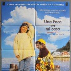 Cine: UNA FOCA EN MI CASA, CARTEL DE CINE ORIGINAL 70X100 APROX (5752). Lote 34672665