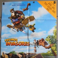 Cine: VECINOS INVASORES, CARTEL DE CINE ORIGINAL 70X100 APROX (8037). Lote 35856335