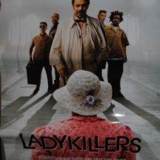 Cine: CARTEL DE CINE ORIGINAL DE LA PELÍCULA LADYKILLERS, TOM HANKS, 70 POR 100CM. Lote 40975600