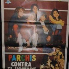 Cine: CARTEL DE CINE ORIGINAL PARCHÍS, CONTRA EL HOMBRE INVISIBLE, 70 POR 100CM. Lote 41355366